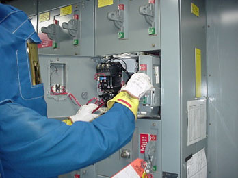 Maintenance Of Molded Case Circuit Breakers (MCCB)